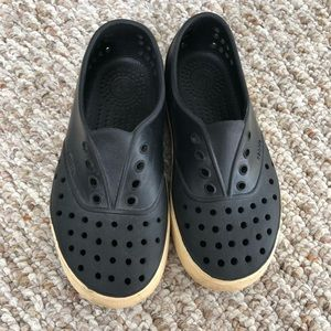 Other - Native Miller boys girls water shoes black size 13